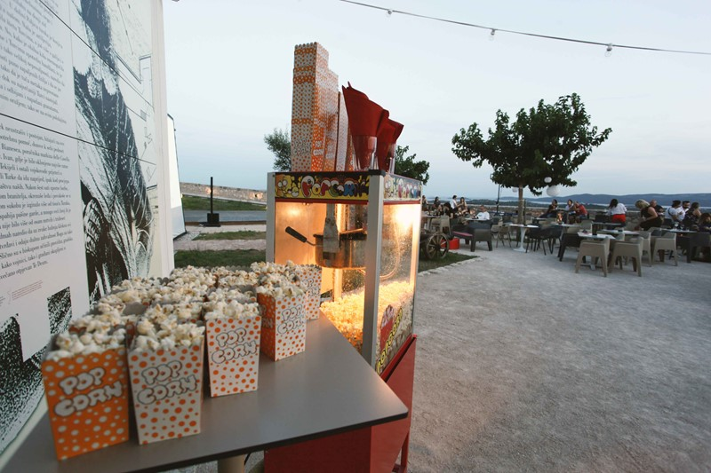 Popcorns at Barone movie nights